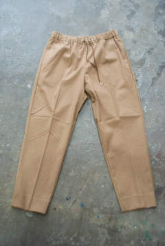 【ラスト1点】【18AW】Casual Trousers(CAMEL)